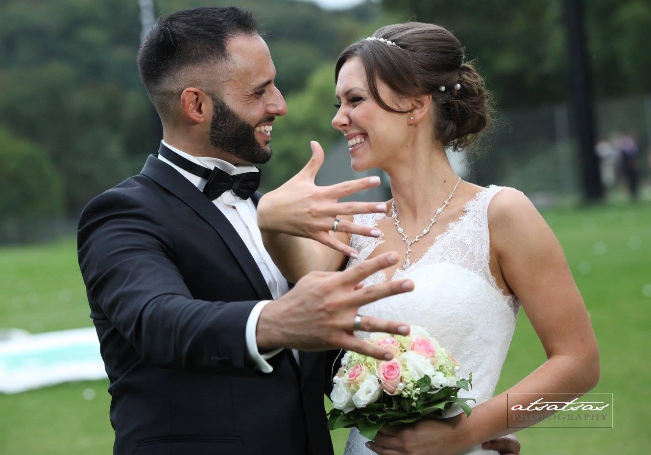 Brautpaar bei freier Trauung in Stuttgart