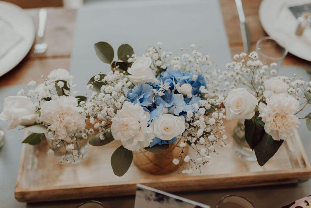 Hochzeit weiß blau